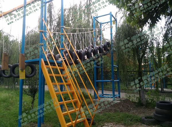 成都青少年活动中心绳网